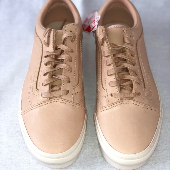96b2d0efc1 Vans Old Skool DX Veggie Tan Leather Skate Shoes